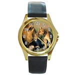 Kissing Mom  Lions Round Gold Metal Watch