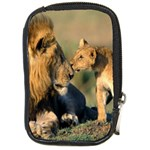 Kissing Mom  Lions Compact Camera Leather Case