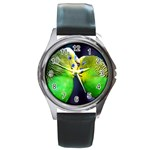 Kiss And Love Lovebird Round Metal Watch