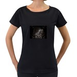Dark Futuristic Fantasy City Maternity Black T-Shirt