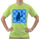 Blue Knight On Plaid Men s T-shirt (Green)
