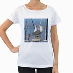 Je 002 116  Jacquei Essex Two Gulls At Rest Women s Loose-Fit T-Shirt (White)
