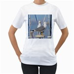 Je 002 116  Jacquei Essex Two Gulls At Rest Women s T-Shirt (White)