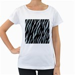 SKIN3 BLACK MARBLE & ICE CRYSTALS (R) Women s Loose-Fit T-Shirt (White)