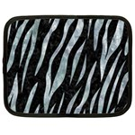SKIN3 BLACK MARBLE & ICE CRYSTALS (R) Netbook Case (Large)