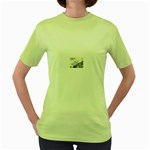 Lonely Crow at Palace Gate Scenic Sky Women s Green T-Shirt