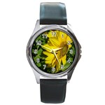 flowers_30 Round Metal Watch