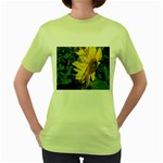flowers_30 Women s Green T-Shirt